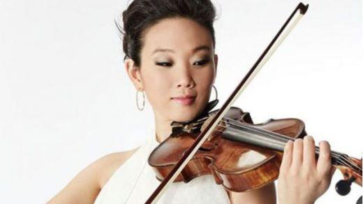 La ya legendaria y revolucionaria Maureen Choi nos trae el mejor regalo musical: presenta 'Theia', su nuevo álbum, en el Café Berlín