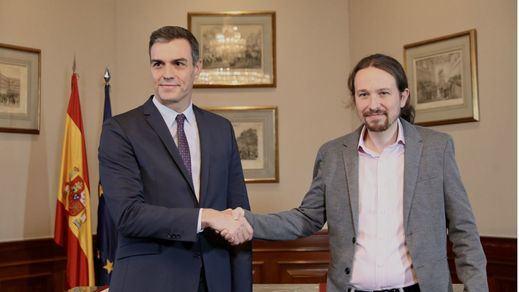 Sánchez e Iglesias firman un programa social de gobierno de coalición