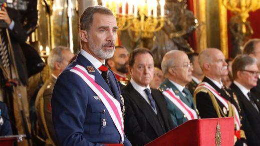 El Rey destaca el compromiso de las Fuerzas Armadas y la Guardia Civil