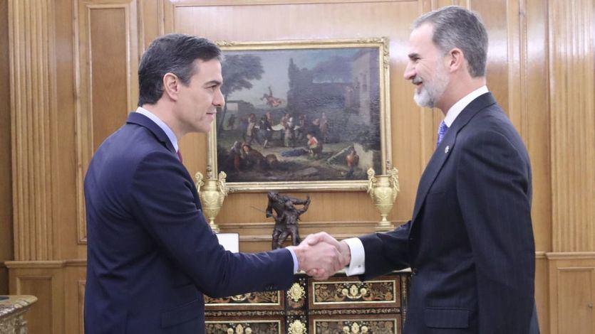 El mensaje medio broma medio en serio del Rey a Sánchez: 'El dolor viene después'