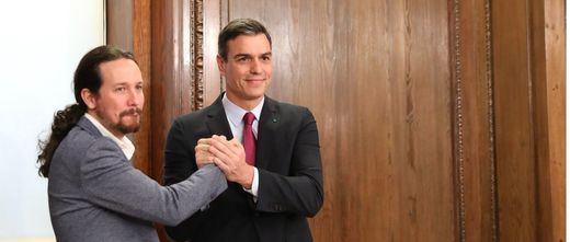 Sánchez blinda y potencia el ámbito económico del Gobierno y cede a Podemos el social
