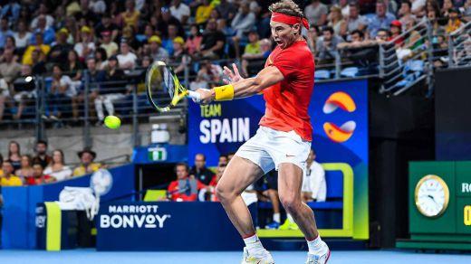 Bautista y Nadal llevan a la final a España de la Copa mundial ATP, donde espera la Serbia de Djokovic