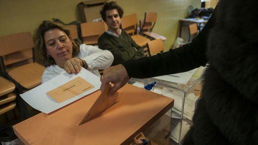Las alianzas de Sánchez pasan factura al PSOE... pero positiva: sube en las encuestas