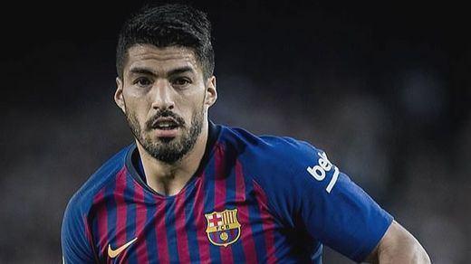 Luis Suárez estará 4 meses de baja y el Barça busca un sustituto con urgencia