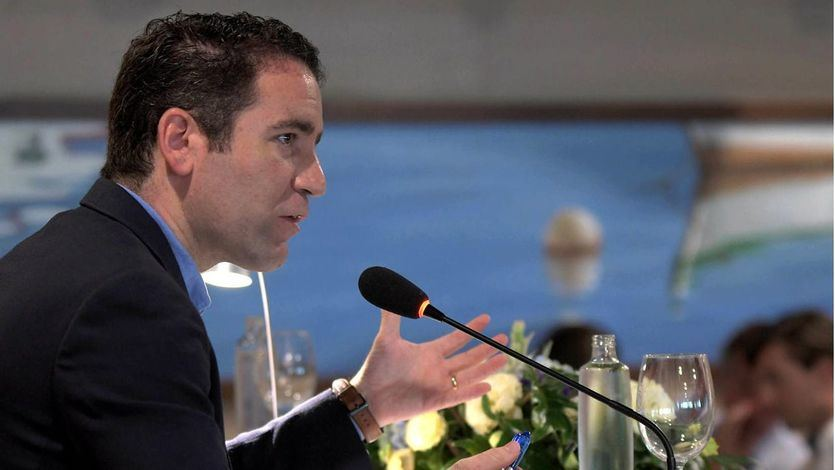García Egea mete la pata al comparar los precedentes en la Fiscalía General del Estado