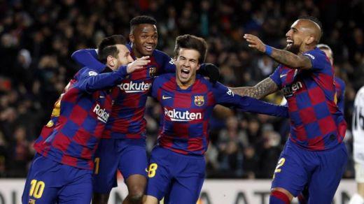 Tímido estreno del Barça de Setién, pero continúa líder tras la pírrica victoria ante el Granada (1-0)