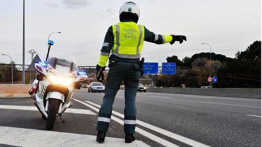 Tráfico podrá parar estos días a los conductores para revisar todos estos elementos de seguridad