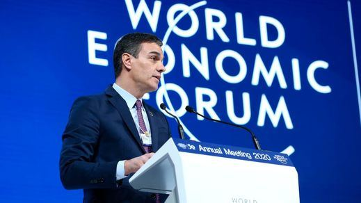 Sánchez defiende en Davos la