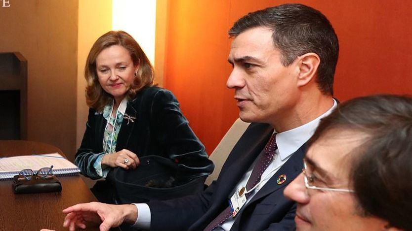 Mentiras y bulos sobre la llegada de un gobierno de izquierdas: la prima de riesgo está más baja que con Rajoy y otros datos económicos
