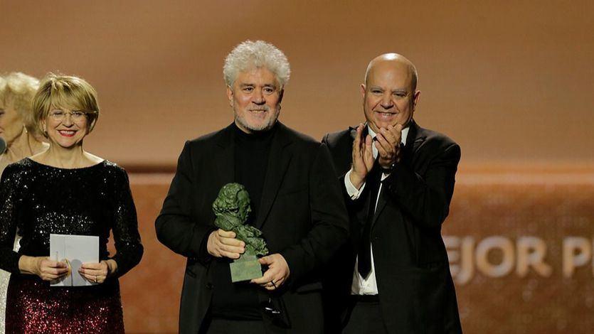 La gloriosa noche de Pedro Almodóvar en los Premios Goya