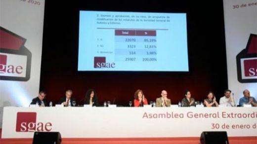 Los socios de la SGAE aprueban la reforma de los estatutos con un nuevo reparto de poder