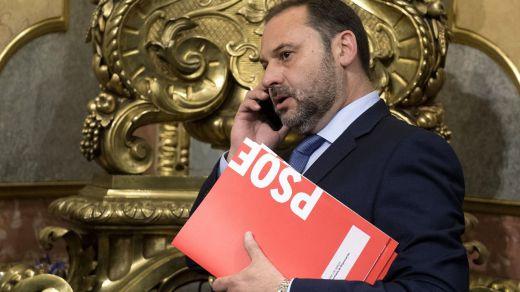 Otra contradicción en el 'caso Ábalos': el ministro se vio otra vez con Delcy Rodríguez en una sala VIP