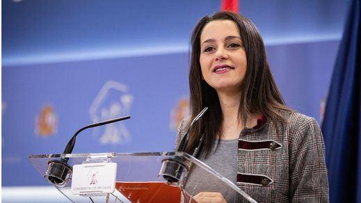 Arrimadas abre ya la puerta a fundir Ciudadanos y PP en las elecciones de Galicia, País Vasco y Cataluña