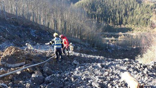 Vertedero de Zaldíbar: 2 desaparecidos en el desprendimiento en la AP-8 en Vizcaya