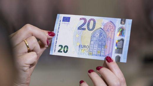 Los datos golpean al euro