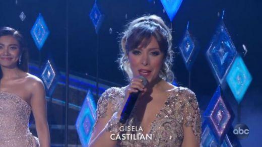 Polémica lingüística en los Oscar: la española Gisela cantó en