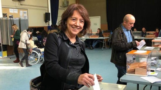 La alcaldesa de Vic, 'los catalanes autóctonos y las personas que no parecen catalanas'