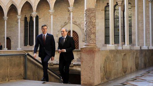 Aval del PSOE a Sánchez para el diálogo con Cataluña pero dentro de los límites de la Constitución