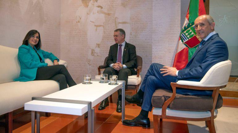 Moncloa estudiará la transferencia a Euskadi de la gestión económica de la Seguridad Social
