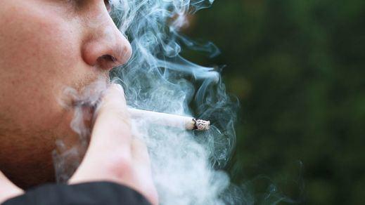 Desde Podemos confirman el temor para los fumadores: el Gobierno subirá el IVA al tabaco