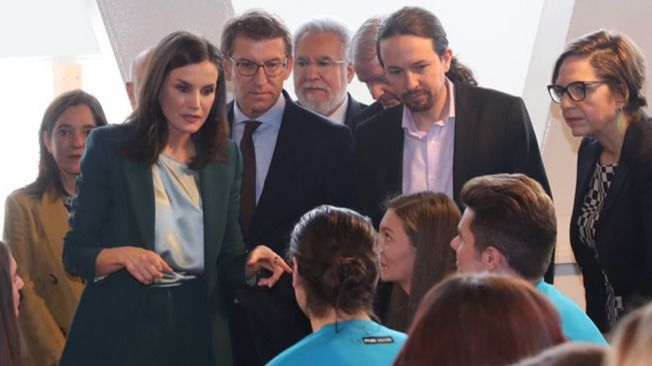 Pablo Iglesias se mofa de la prensa que intentó hablar de boicot a la reina Letizia