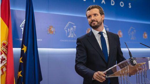 Casado propone a Sánchez un 'plan de choque' para frenar los efectos del coronavirus en la economía