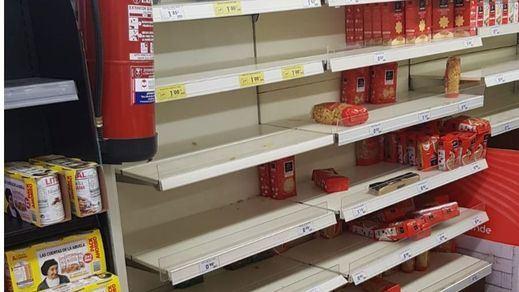 Los supermercados de Madrid, arrasados por la histeria del coronavirus