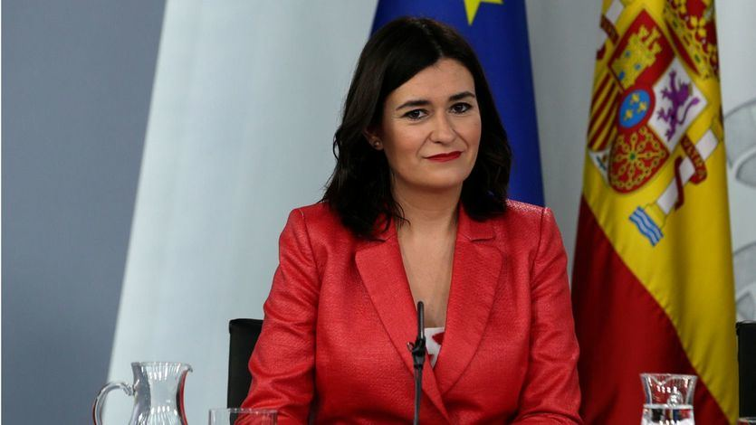 Sánchez 'rescata' a la ex ministra Carmen Montón