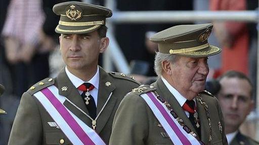 Estalla una crisis en la Corona: el rey Felipe VI renuncia a la herencia de su padre y le retira la asignación