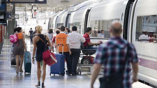 El Ministerio de Transportes reduce más la circulación de trenes y prioriza algunos servicios