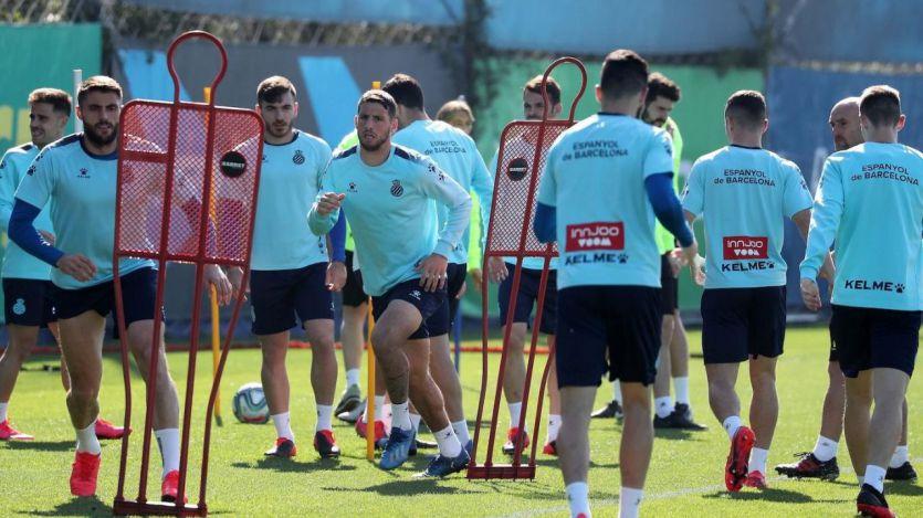 El coronavirus se va extendiendo en el fútbol español: Lorenzo Sanz y 6 jugadores del Espanyol, contagiados