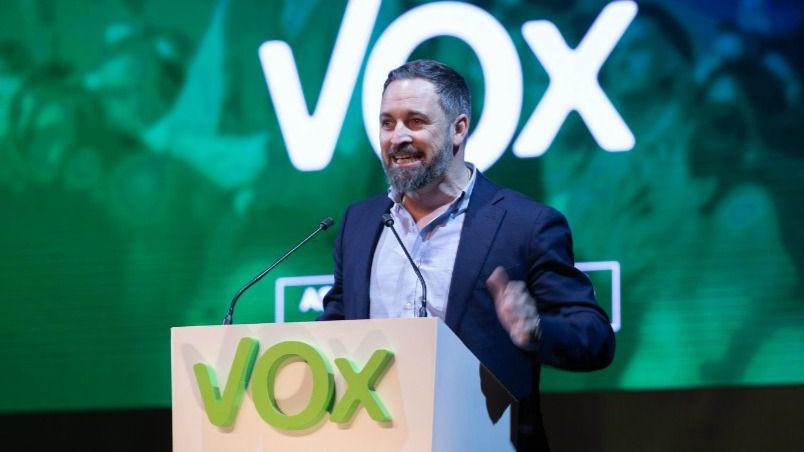 Santiago Abascal, primer político con coronavirus que confirma haber superado la enfermedad