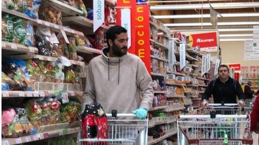 La imagen viral de la compra de Dani Güiza para pasar la cuarentena