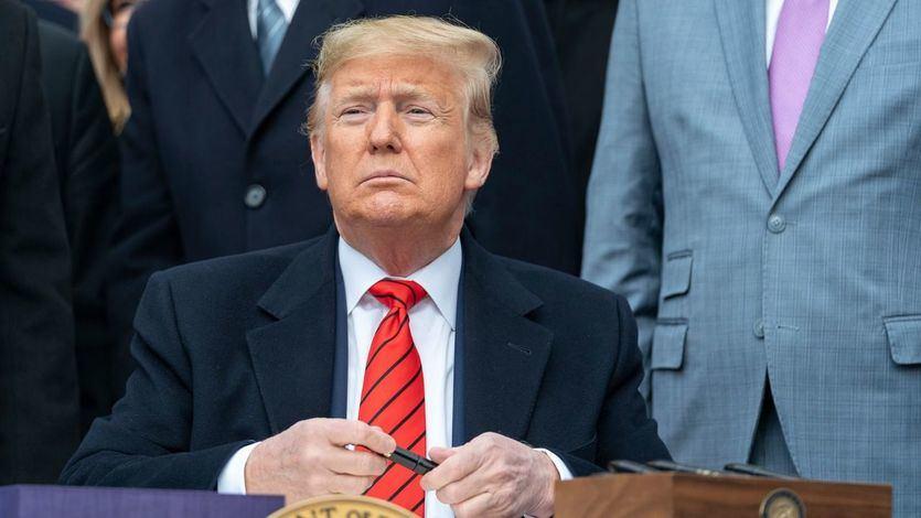 Trump amenaza con dejar a sus anchas al coronavirus en EEUU, pese que ya es el tercer país del mundo más afectado