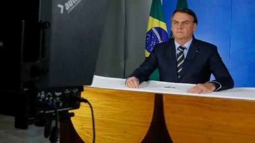 Mandatarios negacionistas del coronavirus: Bolsonaro y López Obrador pasan de la cuarentena