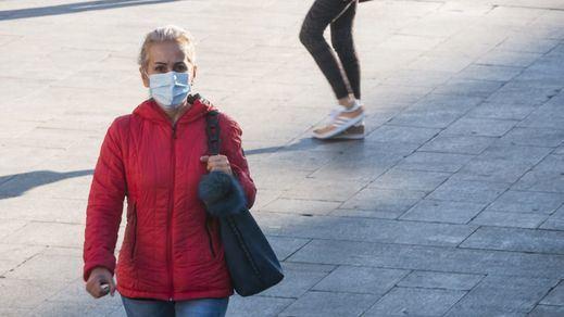 Europa recomienda el uso de mascarillas también a personas asintomáticas