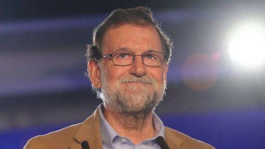 Los mejores memes de la 'pillada' a Rajoy incumpliendo el confinamiento