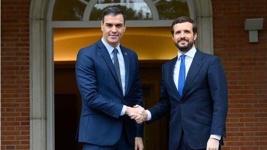Sánchez y Casado se reunirán el lunes para abordar los pactos de reconstrucción