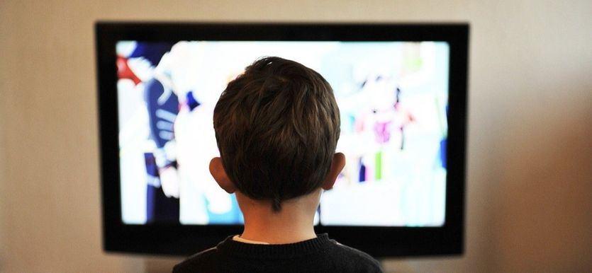 El Gobierno elaborará una guía sobre las limitadas salidas de los menores de 14 años