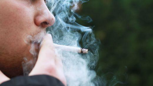 Coronavirus: los investigadores aconsejan que se prohíba la venta de tabaco durante la pandemia