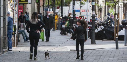 Los paseos de los adultos se permitirán a partir del sábado por franjas horarias