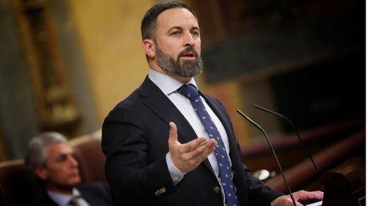 Abascal amenaza con una moción de censura al Gobierno y considera que Vox defiende mejor a los homosexuales