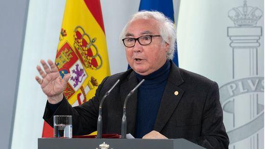 Castells pide a las autonomías que rebajen las tasas universitarias