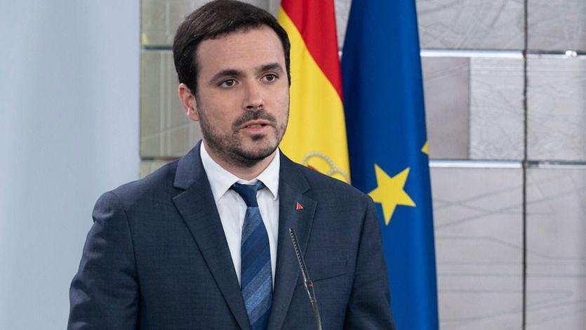 Garzón ofrecerá vías 'extrajudiciales' para que los consumidores recuperen el dinero perdido por las cancelaciones