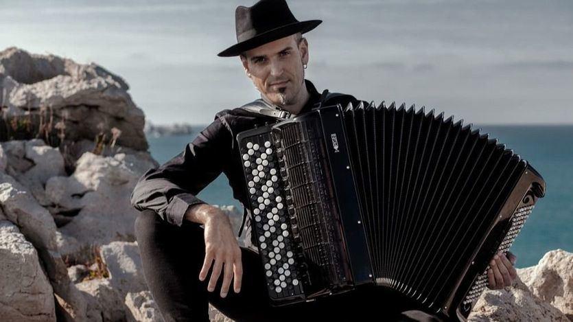 El extraordinario acordeonista Gorka Hermosa nos regala on line su 'Blanchard Strings' en la Filarmónica de Berlín (vídeo)