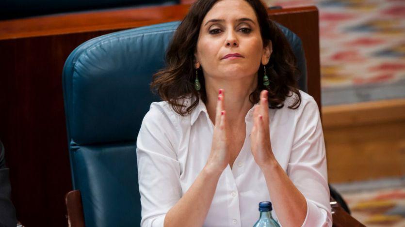 Ayuso aclarará hoy en la Asamblea de Madrid su controvertido alojamiento en Room Mate