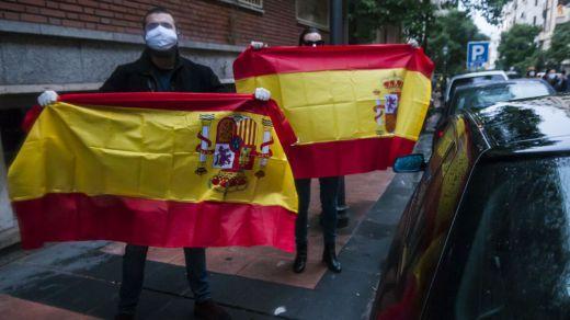 Otra noche de protestas ilegales en las calles contra el Gobierno Sánchez-Iglesias