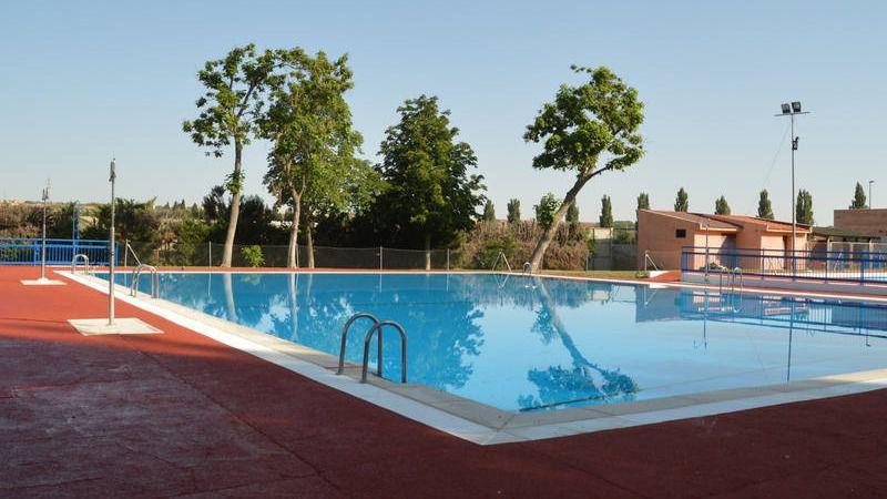Azuqueca de enares piscina de verano