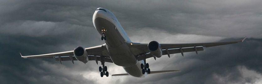 ¿Qué ocurre si se paran los motores del avión?
