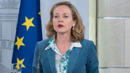 Nuevo choque en el gobierno de coalición: Calviño considera